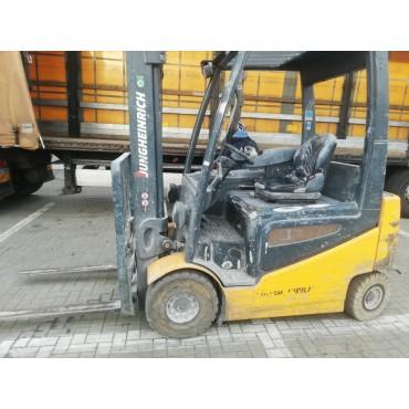 Wózek widłowy EFG 425k